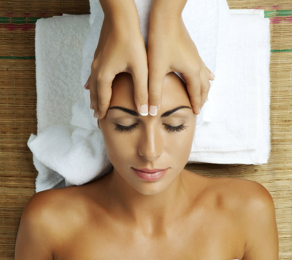 massage your head the indian way ayurvedic head massage
