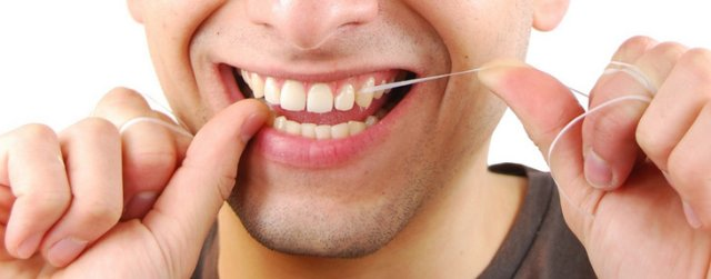 flossing-for-a-beautiful-smile-healthy-teeth-and-gums