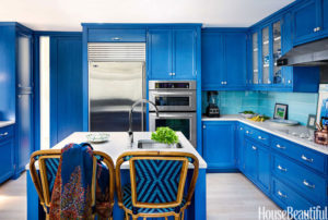 stop-food-cravings-make-your-dining-room-and-kitchen-color-blue