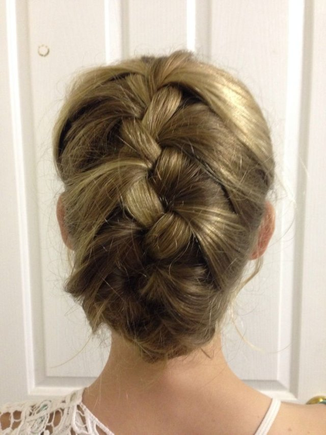 tucked-in-french-braid-hairstyles